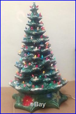 18 tall Byron Mold Christmas Tree 1972 base Light up 1970s ceramic vintage