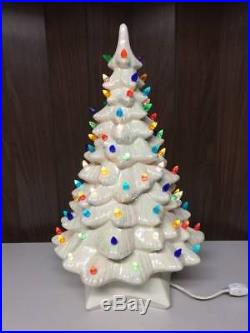 1974 Vintage 20 Iridescent Pearlized White Holland Mold Ceramic Christmas Tree