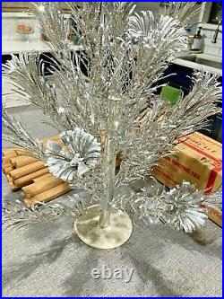 2 Ft. Aluminum Stainless Silver Evergleam Pom Pom Xmas Tree Vintage In Box
