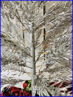 60s Vintage SPLENDOR Aluminum Christmas Tree 6.5 Tall Curled & Twisted Branch