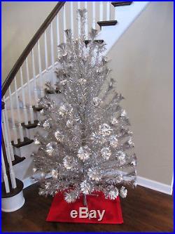 7 FT Vintage Royal Pine POM POM Silver Aluminum Christmas TreeFamous Keystone
