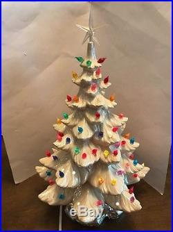 70's Vintage Large 19 White Lighted Ceramic Atlantic Mold Christmas Tree w Star