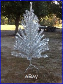 Aluminum Christmas Tree 6.5 Tall 6 1/2 Feet Vintage 1960's Tinsel