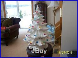 Atlantic Mold Vintage Ceramic Christmas Tree White With Multi Colored Birds