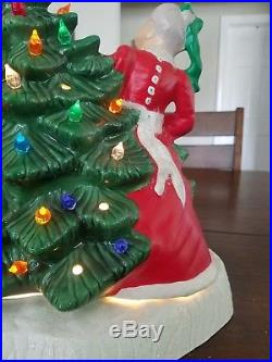 BLACKBIRD MOLD Vintage Lightup Ceramic 16 Santa & Mrs Claus Christmas Tree Rare
