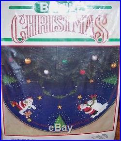 Bucilla Santa Checking List Vintage Felt Tree Skirt Kit Dark Blue RARE #82624