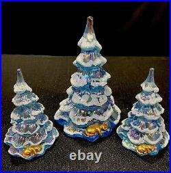 Fenton Ice Blue Christmas Trees Set Of Three With Gold Cat At Base Vintage 95th