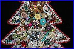 LargeVINTAGEFramedJEWELRY Christmas TREERhinestones COSTUME Beads PEARLS