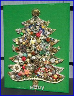 Lovely Vintage Jewelry Christmas Tree Mid Century Moderm Pins Pearls