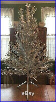 Nice Vintage Mod 50s 60s 4 ft 59 Branch Evergleam Aluminum Christmas Tree