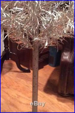 OriginalVINTAGE6FT90 BRANCHEPOM POM ALUMINUM Christmas TREE