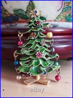 Rare and Odd Vintage Hattie Carnegie Christmas Tree Pin Brooch Book Piece