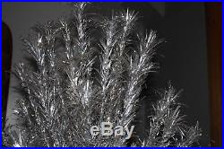 SPECTACULAR VINTAGE ALUMINUM SILVER CHRISTMAS TREE 7 FOOT 150 BRANCHES WithSTAND