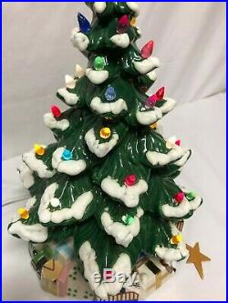 UNIQUE Vintage 20 Atlantic Mold Ceramic Lighted Snow Tipped Christmas Tree