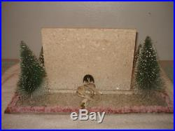 VINTAGE 1930s CHRISTMAS MICA COCONUT WOOD FIREPLACE MUSIC BOX BOTTLE BRUSH TREE