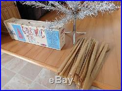 VINTAGE 1950'S HAUGHS SAPPHIRE ALUMINUM 5' FT CHRISTMAS TREE WithORIGINAL BOX NICE