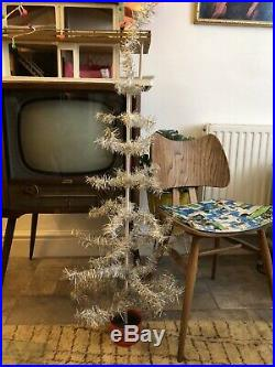 VINTAGE 1950's /1960's SKINNY SILVER TINSEL WIRE FRAMED CHRISTMAS TREE