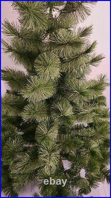 VINTAGE ARTIFICIAL CHRISTMAS TREE 6.5ft BOTTLE BRUSH 1975 ROYAL QUEEN SUPER-TREE