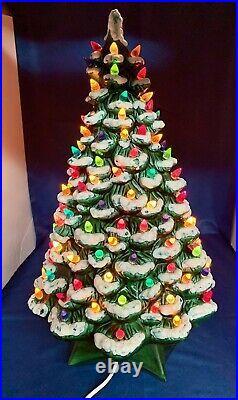 VINTAGE HOLLAND MOLD CERAMIC LIGHTED CHRISTMAS TREE WITH SNOW 20 x 13'' RARE