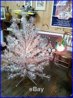 Vintage, Pom Pom, Silver, Aluminum Christmas Tree, & Rotating ...