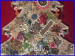 VINTAGE RHINESTONE JEWELRY FRAMED CHRISTMAS TREE Looks Flocked 10 lbs