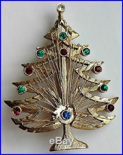 VINTAGE SIGNED LJM GREEN RED RHINESTONE GOLD WIRE CHRISTMAS TREE BROOCH Pin HARP