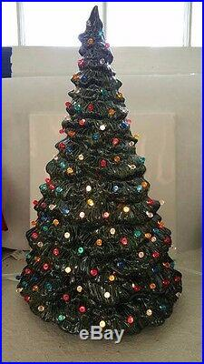 VINTAGE Style Ceramic Christmas Tree Doc Holliday with lights base and bulb