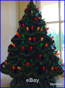 VINTAGE Style Ceramic Christmas Tree Large Sierra with lights base and bulb