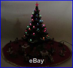 VTG 1960s 70s CALIFORNIA ORIGINALS CERAMIC CHRISTMAS TREE SKIRT COVER TRAIN