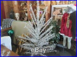 VTG 1960s Mid-Century 6' Pom Pom Aluminium Taper Christmas Tree