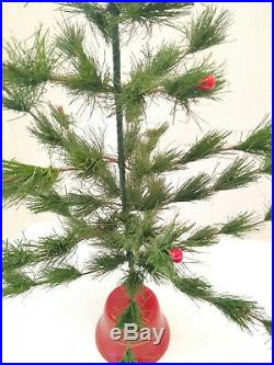 VTG 21x 16 FEATHER CHRISTMAS TREE RED BERRIES RED PLASTIC STAND25 BRANCHES