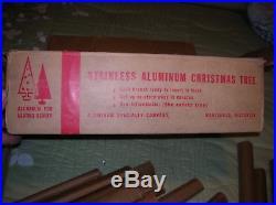 VTG Evergleam Aluminum Christmas Tree 4' 40 Branch