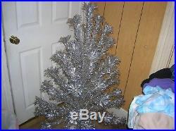 VTG Evergleam Aluminum Christmas Tree and Revolving Music Stand 4' 58 Branch
