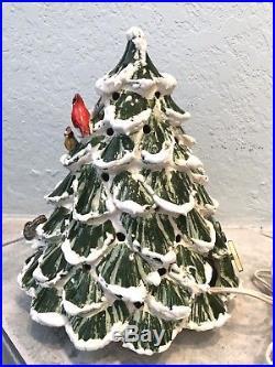 VTG Musical 10 Ceramic Christmas Tree w Animals & 7 House Lighted Set