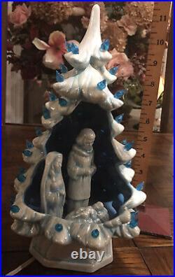 Very Rare Vintage Hand Made Ceramic WHITE Christmas Tree with Nativity Light