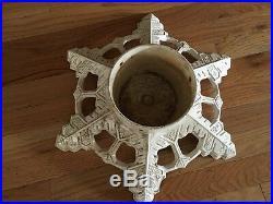 Vintage 1992 JOHN WRIGHT Cast Iron White Snowflake Christmas Tree Stand USA