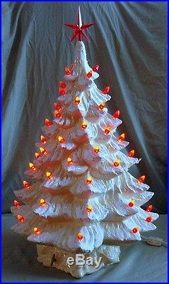 Vintage 21 Ceramic White Musical Christmas Tree Sugared Mica Toy Box Base