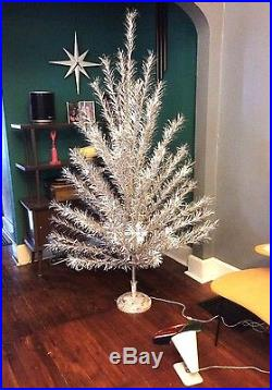 vintage 65 ft chiming rotating 69 branch aluminum christmas tree color wheel - Aluminum Christmas Tree Ebay