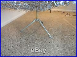Vintage 6 Ft Evergleam Aluminum 94 Branch Palm Christmas Tree With Stand