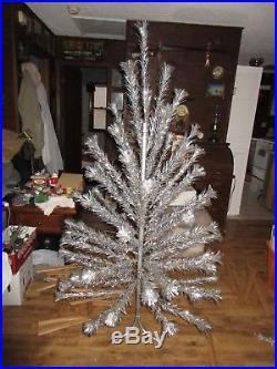 Vintage 6' Sparkler Pom-Pom Aluminum Christmas Tree Holiday Decorations