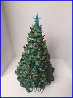 Vintage 83' HM Holland Mold Large Ceramic Christmas Tree with Base 19in x12in