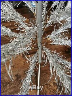 Vintage Aluminum Christmas Tree 6.5' Tall 57 Branches Original Box Wonderland