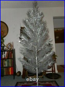 Vintage Aluminum Christmas Tree 6 Ft. Glittering Long Silver Needles