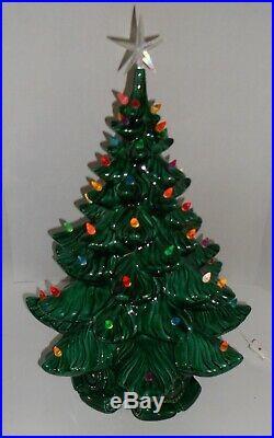 Vintage Atlantic Mold 19 Lighted Ceramic Christmas Tree Mint