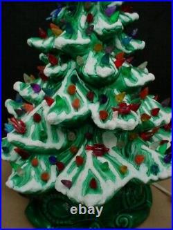 Vintage Atlantic Mold 19 Lighted Christmas Tree With Ceramic Flock