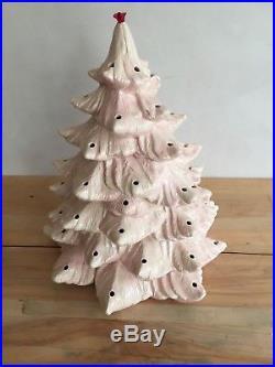Vintage Atlantic Mold Company Ceramic Christmas Tree Rare Pink Cream