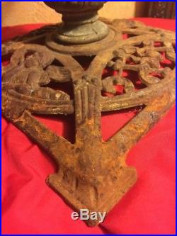 Vintage Cast Iron Ornate Angel Cherubs Christmas Tree Trunk Stand Heavy Filigree