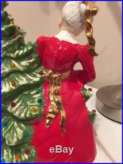 Vintage Ceramic Light Up Christmas Tree Santa & Mrs Claus Decorating Tree Rare