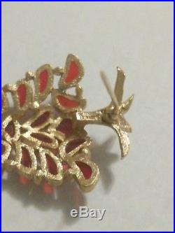 Vintage Crown Trifari Red Stained Glas Christmas Tree Pin Brooch