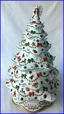 Vintage Danbury Mint White Porcelain Christmas Magic Lighted Chrismas Tree